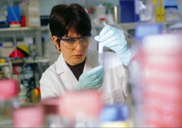 Los laboratorios locales ganaron participación en ventas locales y exportaciones. Foto: Novartis