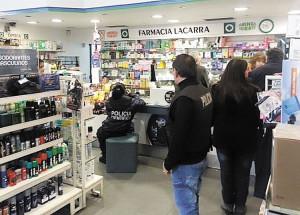 Rastros-policia-cientifica-farmacia-Lacarra_ZONIMA20130724_0001_17