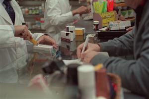 Inflación en la farmacia: los laboratorios explican los aumentos de precios por el impacto de las paritarias del sector y la devaluación del peso. Foto: Archivo La Nación