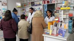 clientes-oficina-farmacia-644x3621-600x337